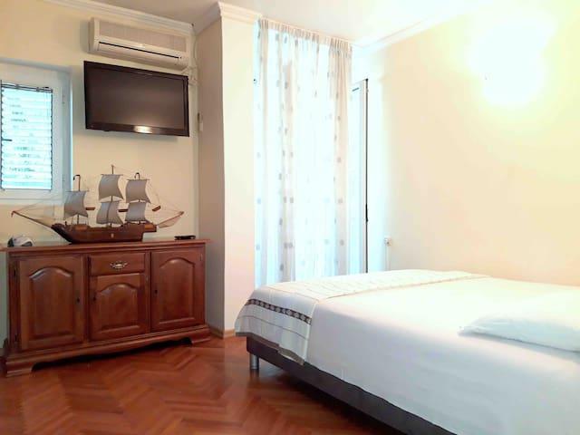 Apartmani Milena 1