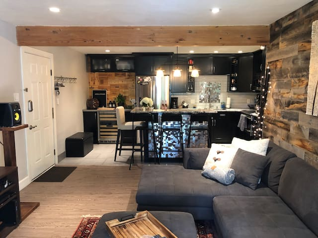 NEW: Modern Condo Near Beaver Creek Ski Resort
