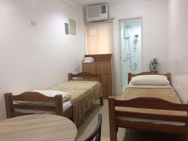 UST Apartments in Alfredo 54 - Manila - Apartamento