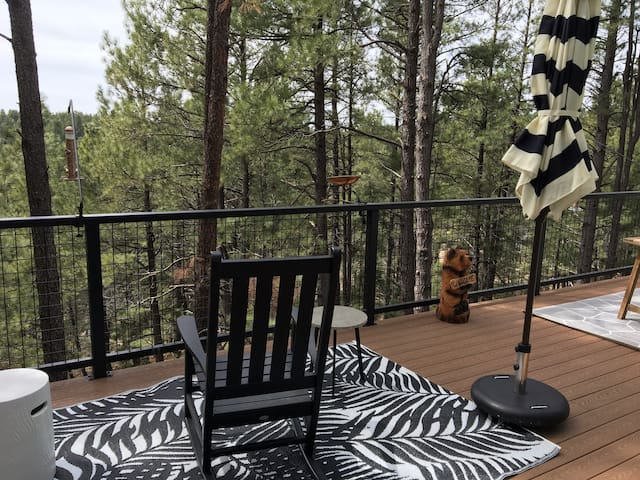 NEW! Stunning View! Nest atop the Ponderosa Pines!