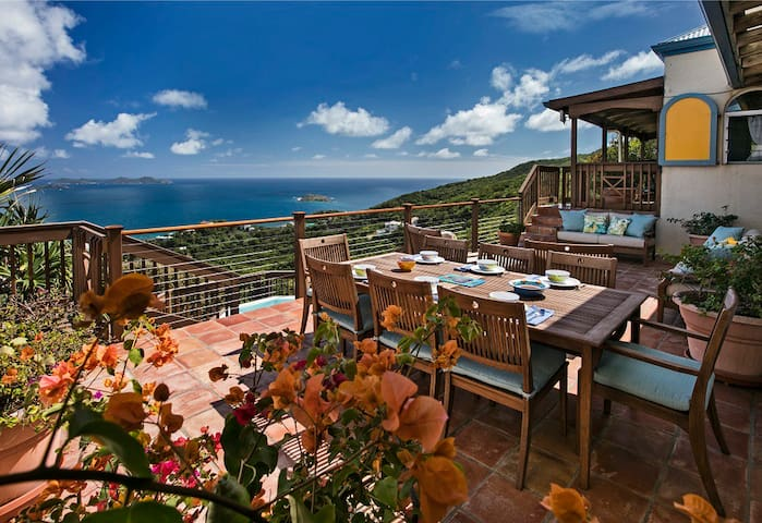 Palladio's View, Private Villa with Amazing Views - St. John - Casa