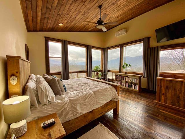 Wake up to this Downtown Cabin View, from the Bed!