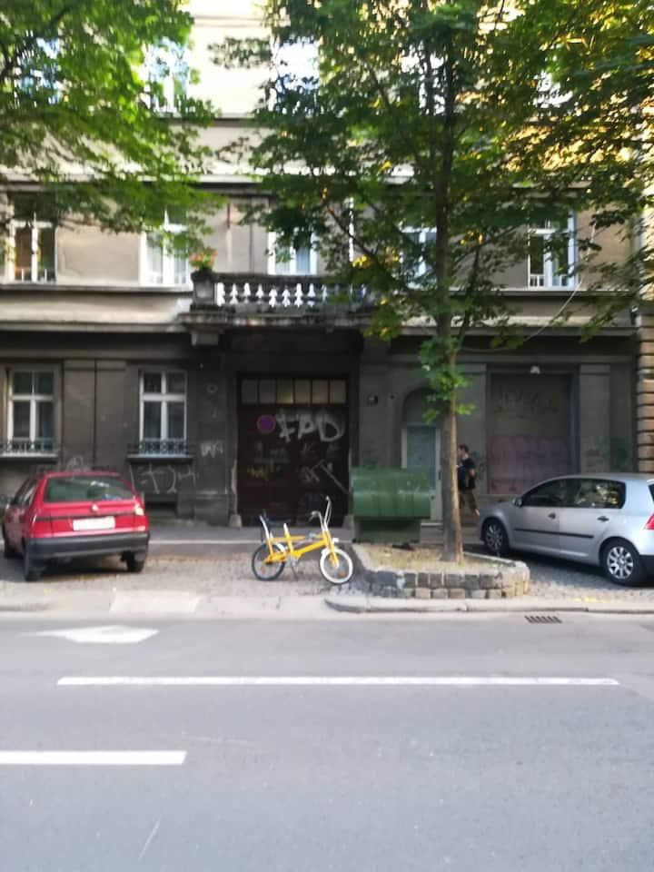 Lara, city center