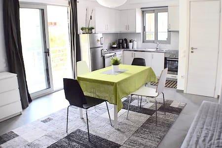 Biguz Apartment - Nikea