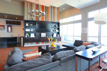 Luxury Apartment in the Galleria! Central Location - Houston