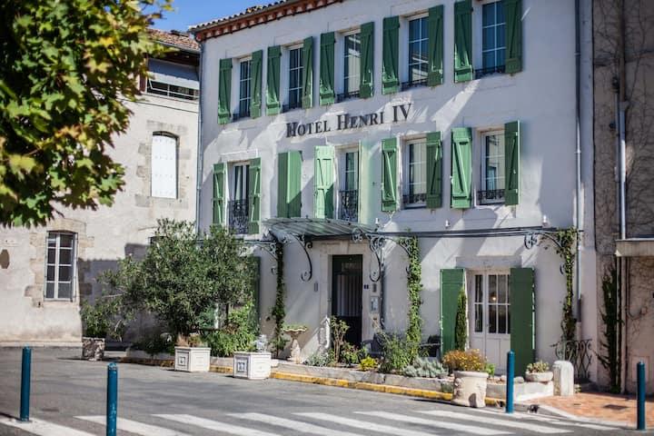 Chambre Standard dans un Hôtel de Charme à Nérac