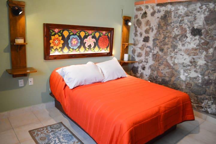 Habitación sencilla en hotel boutique
