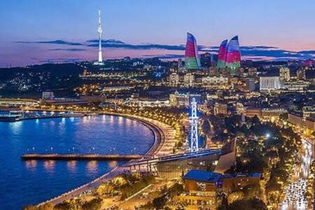 ЦЕНТР БАКУ ДВЕ СПАЛЬНИ ХОЛЛ КУХНЯ-СТУДИЯ - Baku