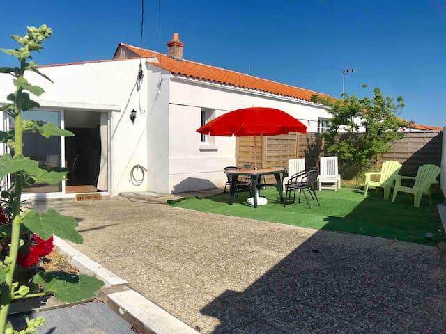 Noirmoutier Relax! Centre-400m de la gare routière