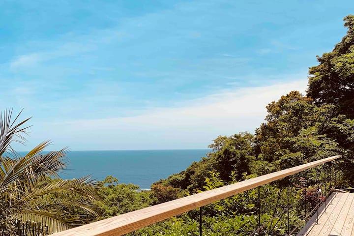 【New Open】KOYA ~海と島を臨む、高台の小さな貸切の宿~