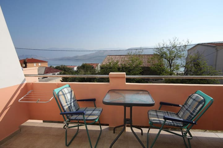 One bedroom apartment with terrace and sea view Pag (A-6467-b)