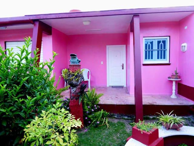 "Room ""North America""-Las Americas House"