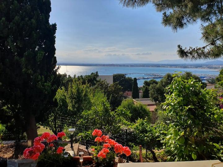 Casita con vistas espectaculares al Mediterraneo