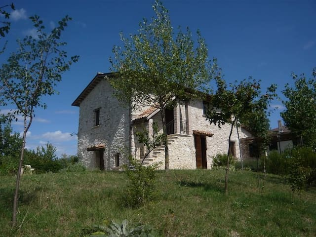 Old stone house in the Alta Sabina, Rieti, Latium - Colli Sul Velino