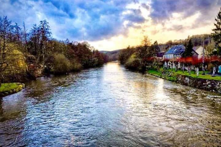 The House on the River - Le Relais Des Amis