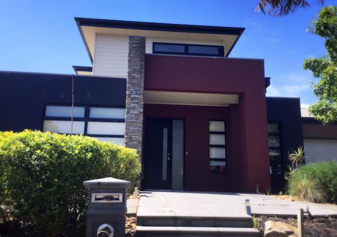 Best in Wyndham/21km from Melb CBD - Point Cook - Casa