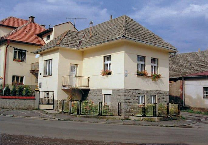 Apartment Magdalena - Závažná Poruba - House