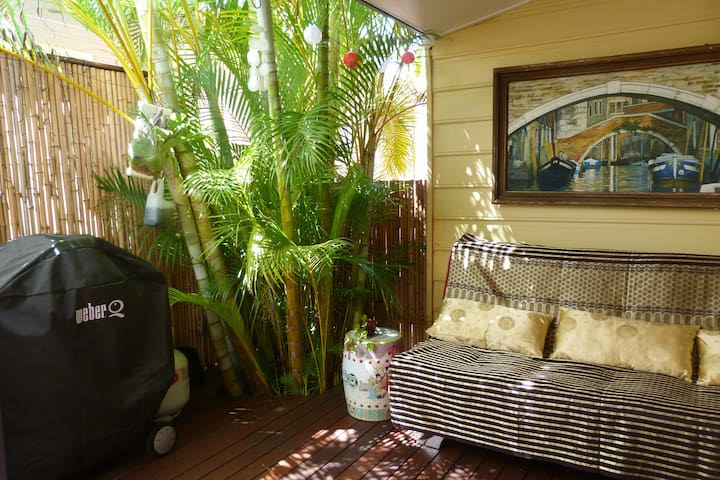 Stroll to the Beach, Pet friendly - Marcoola - Huis