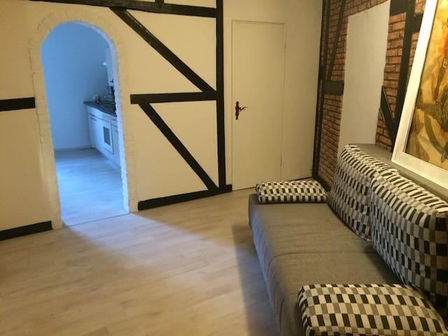 Ruhig gelegene Wohnung in Korschenbroich! - Korschenbroich - Apartment