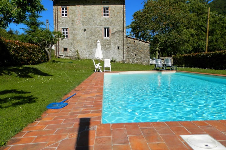 Dreamy Cottage in Trebbio with Swimming Pool