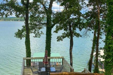 NEW! Ray's Retreat - Pickwick Lake - Great Getaway