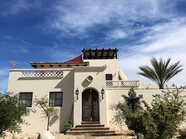 Private Gated Beach House 10 min from Todos Santos