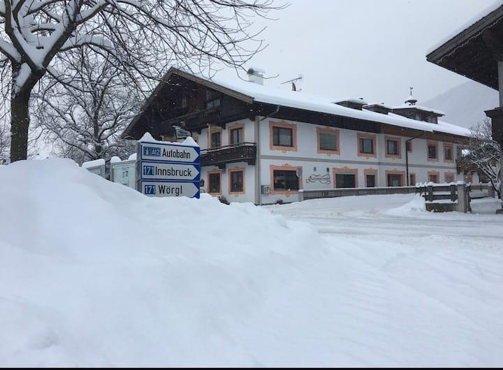 6 Bed 🛌Zimmer D/WC  Gasthof Gassnerwirt Radfeld N3