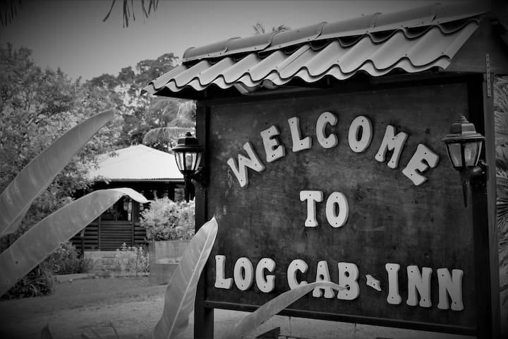 Standard Log Cab-Inn 11 AC, Pool, Rest&Bar, Staff