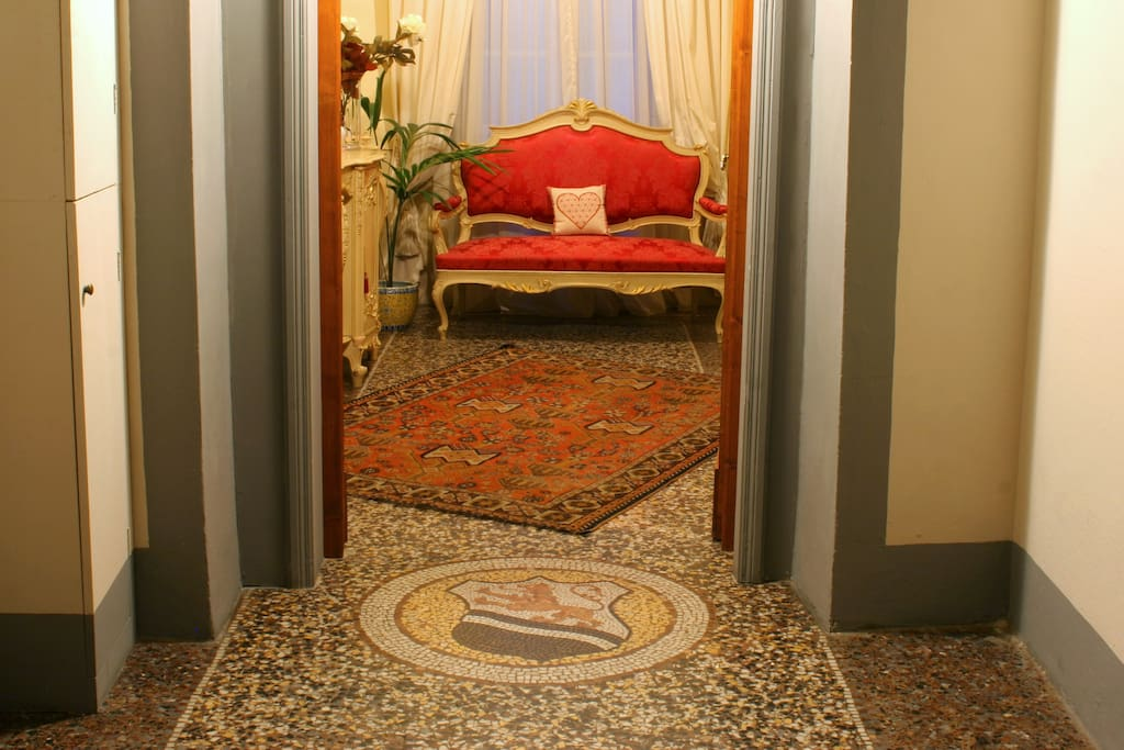 The entrance to the shared sitting room (with Suite Rossa).