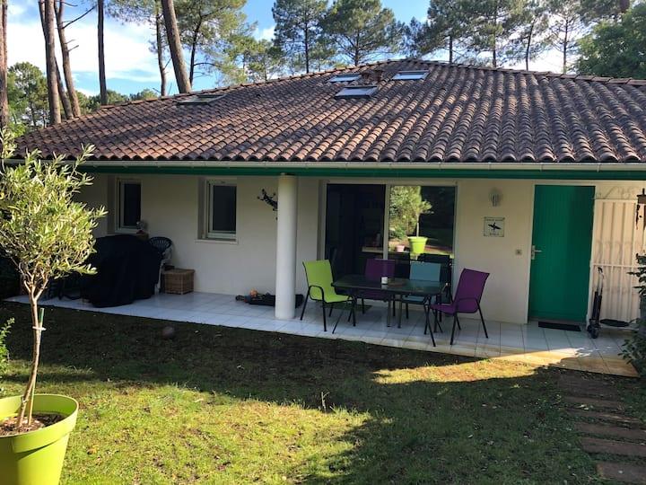 Appartement GECKO dans résidence avec piscine