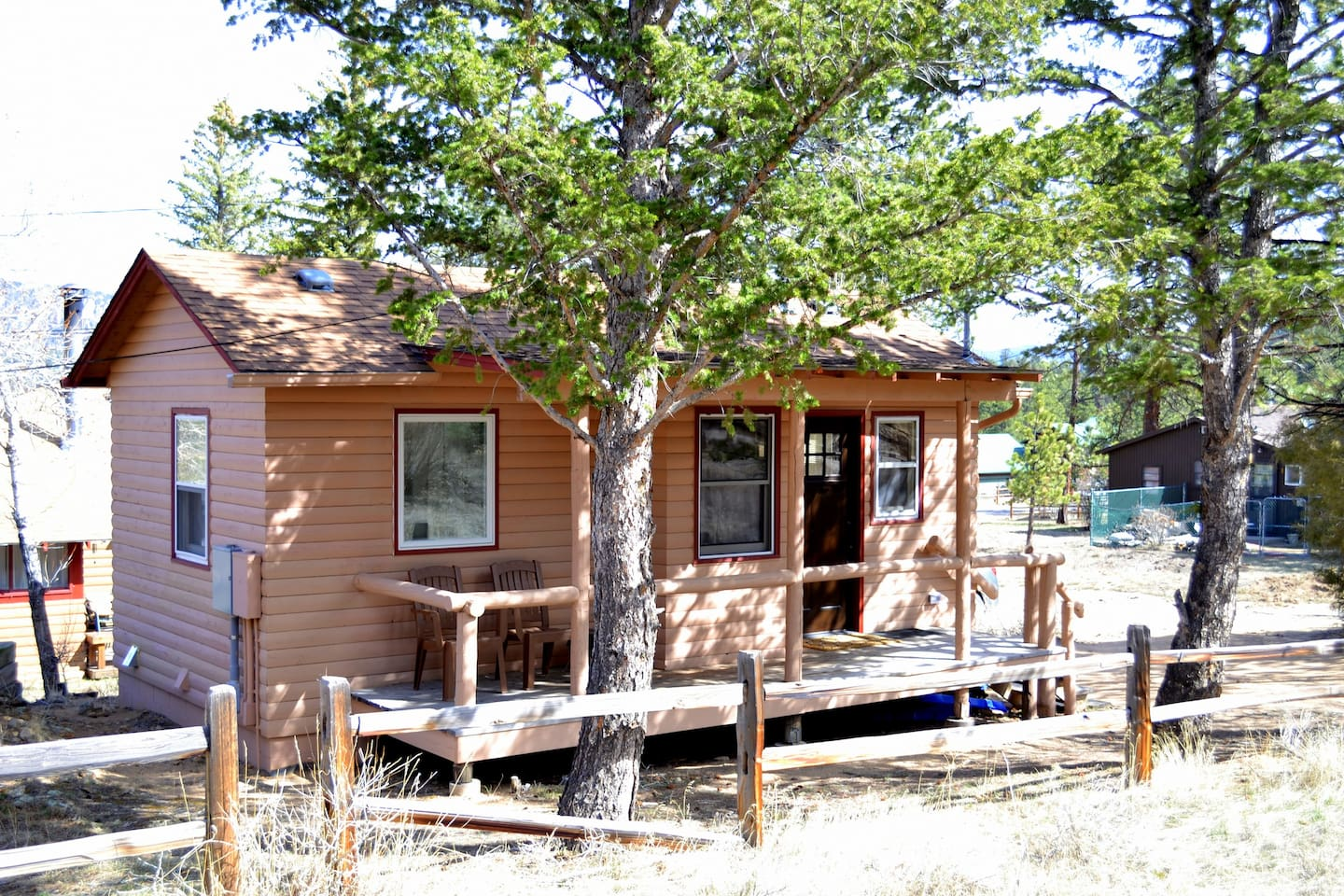 pet rent fire texas rooms states friendly fredericksburg acres united romantic in adfb cabins on for angel secluded cabin