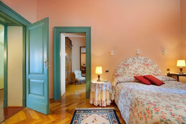 Deluxe Zimmer mit Parkblick in der Villa
