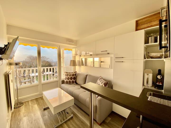 Vue Mer Studio Terrasse refait à Neuf