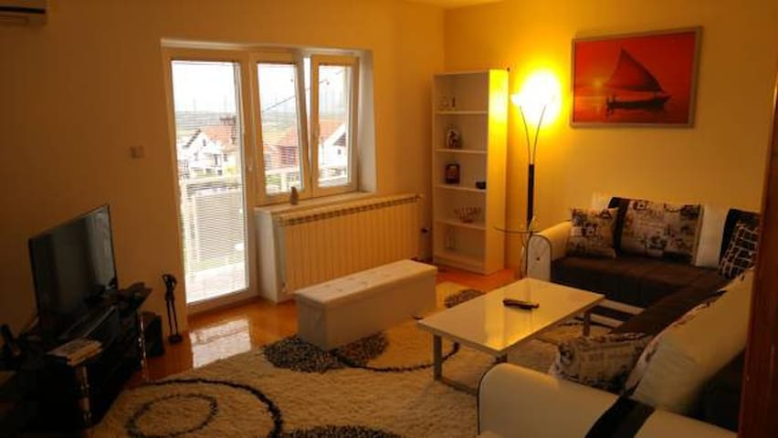 Modern and relaxed apartment ☺ - Kragujevac - Talo