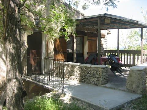 Appartement calme en Provence pour 4 personnes