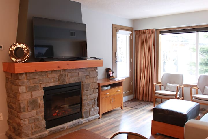 -BLISSFUL 2 BED IN BEAUTIFUL BOW VALLEY CORRIDOR!!