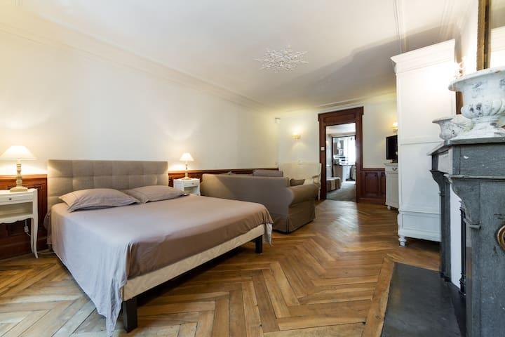 Appartement authentique en hyper-centre rue Royale
