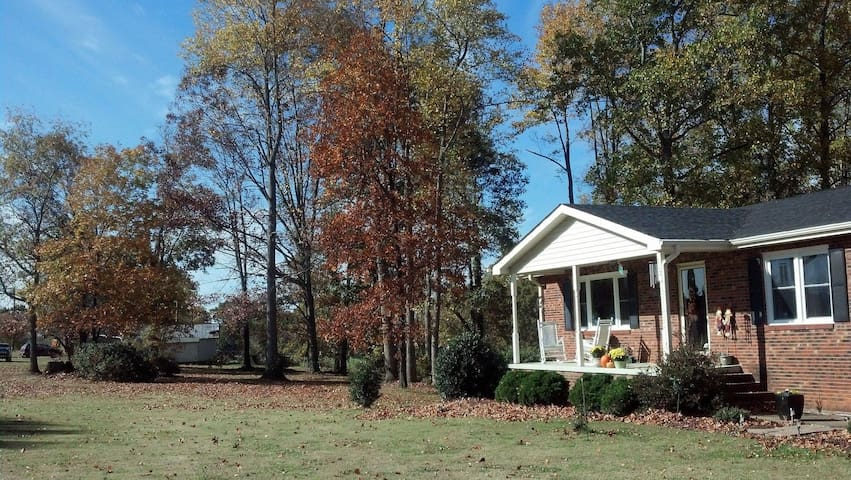 Tryon Equestrian Center: Country Retreat