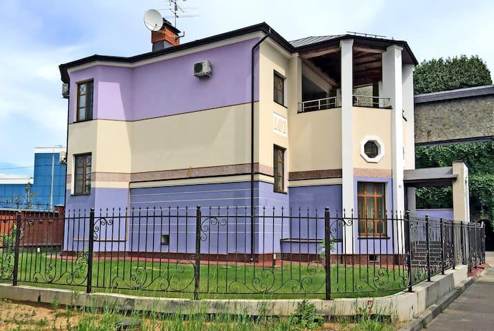 А - Moskva - Villa