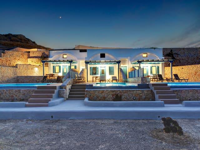 Desiterra 1 Bed Villa with Private pool-Sea  view