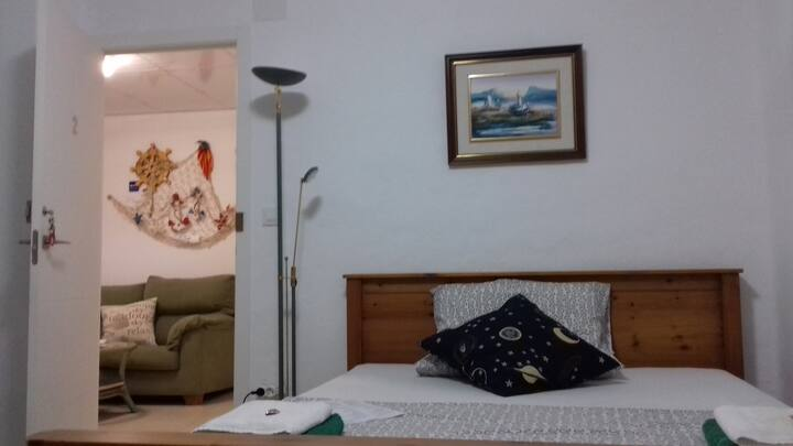 Alojamiento en el centro de Denia iluminado II
