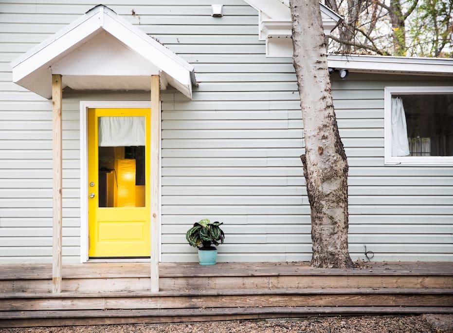 Welcome to The Yellow Door in Reynoldstown, Atlanta