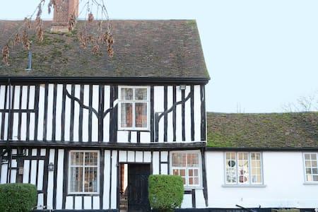 Wood Hall Cottage