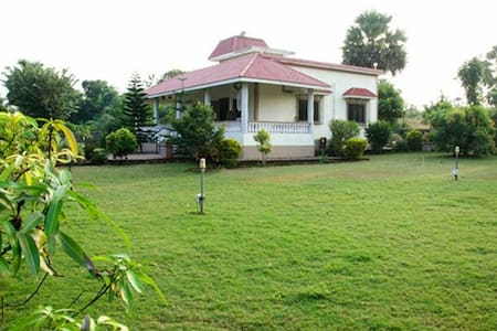 Koli farms house gorai - Mumbai - Hus