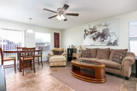SAFE and CLEAN home near Lackland Air Force Base