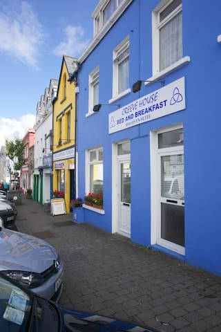 Creeve House 3, Clifden Central, Cosy and Quiet - Clifden - Daire