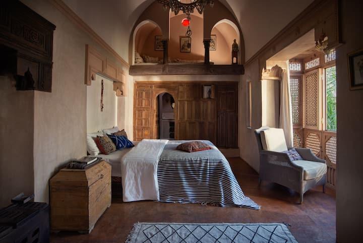 Koubba Room in Kbour & Chou