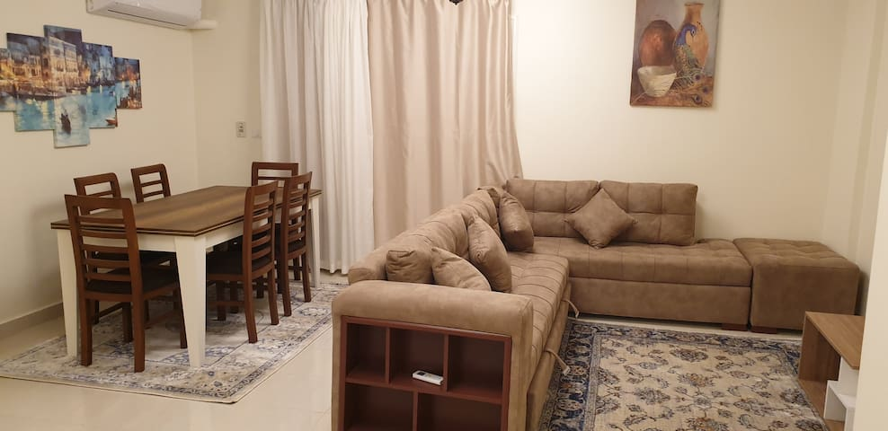 Reception contains living room and dining area, access to 70 m garden