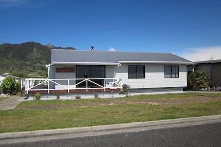 Abel Tasman Golden Bay Beach house - Pohara - 獨棟
