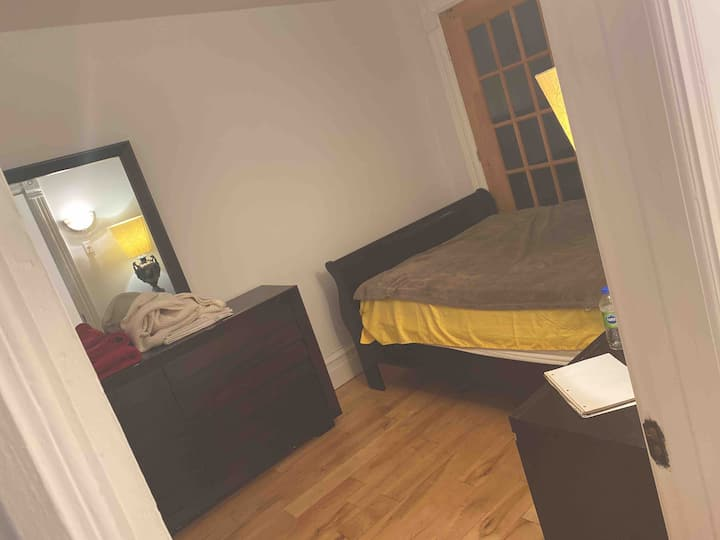 Comfortable and affordable room for rent B